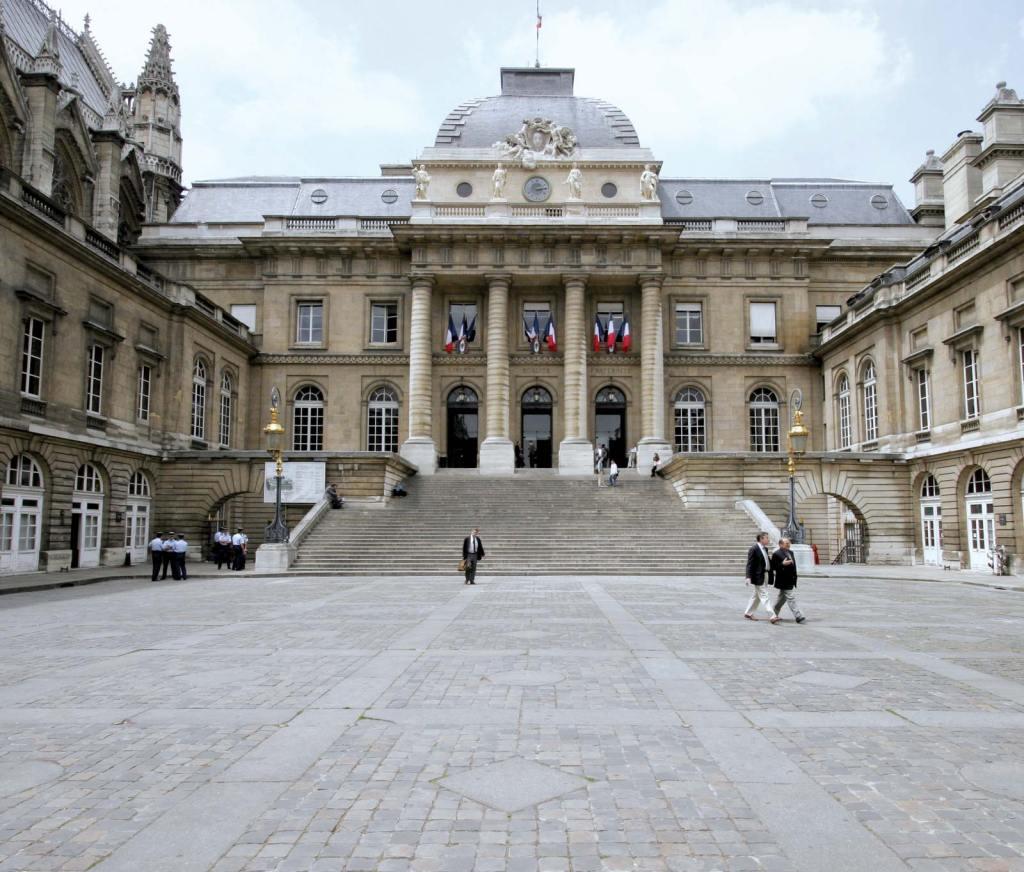 Prantsuse ametivõimud kutsuvad üles karmistama hüpoteegi tingimusi