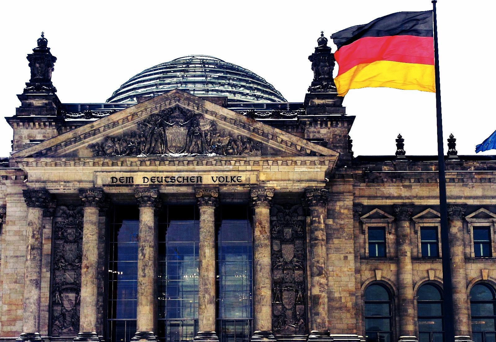 Euroopa pankadel tuleb juurde maksta laenude eest ja hoiustajatel hoiuste eest